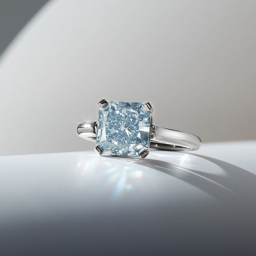 Phillips Last Auction of The Year In New York Closes A Year For Blue Diamonds