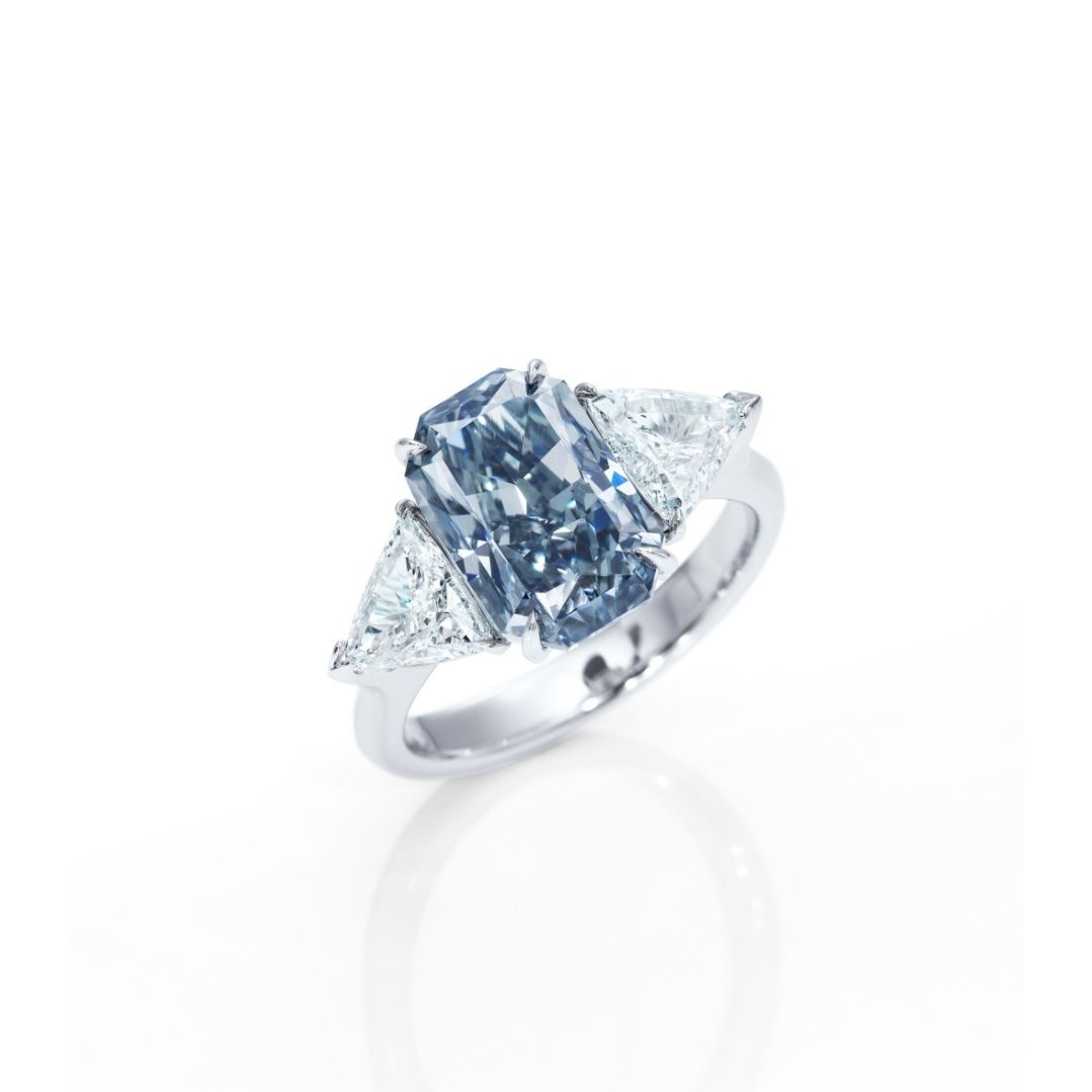 Hong Kong Magnificent Jewels Auction Will Display Blue And Pink Diamonds
